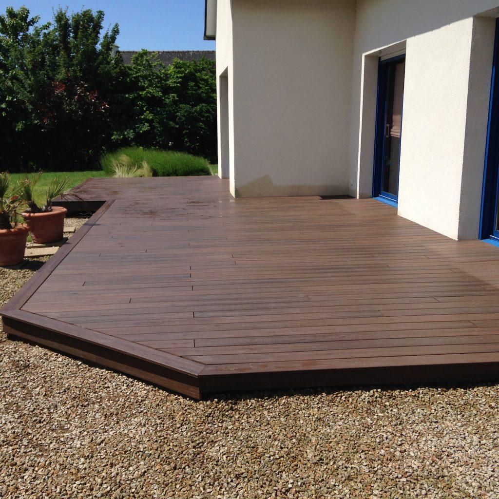 ImageUnes - pose de terrasse en bois sur terre à Rennes